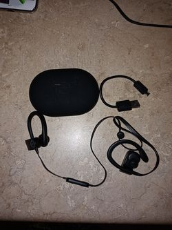 Wireless Beat headphones for Sale in Jersey City,  NJ