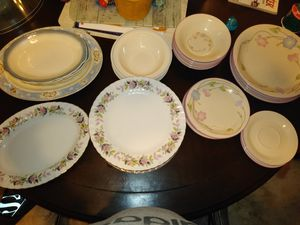 40+ Dishes for Sale in Woonsocket, RI