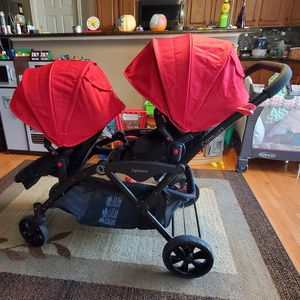 CONTOURS OPTIONS DOUBLE STROLLER for Sale in Saint Charles, MD