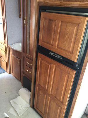 2000 komfort travel trailer for Sale in Bonney Lake, WA