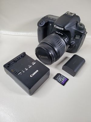 Canon 60D with EF 18-55mm Lens for Sale in Dacula, GA