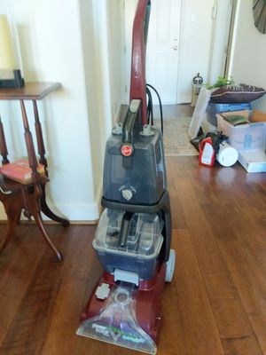 Hoover Carpet Cleaner with supplies - basically NEW for Sale in Long Beach, CA