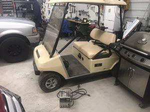 2008 48v electric club car golf cart for Sale in Powellton, WV