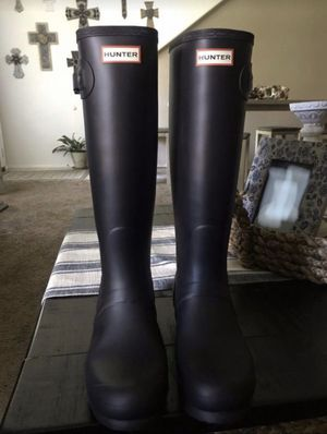 Woman's Hunter Rain Boots. Size 11 for Sale in Highland, CA