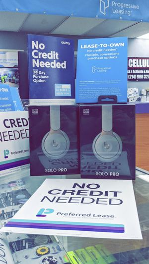 BeatsSolo Pro Wireless - Brand New in Box! One Year Warranty! Works with iPhone 12 Pro 11 max XS Max XR for Sale in Arlington, TX