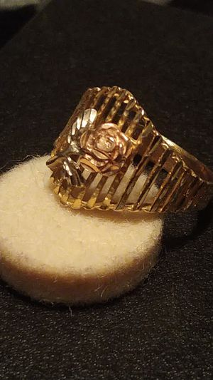 10K rose gold ring size 71/2 for Sale in Tampa, FL