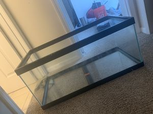 40 gallon long fish tank aquarium for Sale in Powell, OH