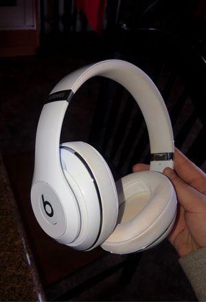 Beats Wireless studio headphones for Sale in Bakersfield, CA