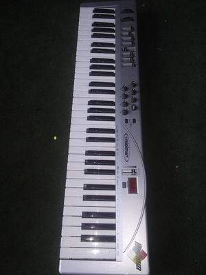 new and used music keyboard for sale in chula vista ca offerup. Black Bedroom Furniture Sets. Home Design Ideas