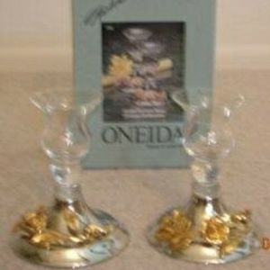 ONEIDA GOLDEN DAMASK ROSE CONSOL CANDLESTICKS for Sale in Santee, CA