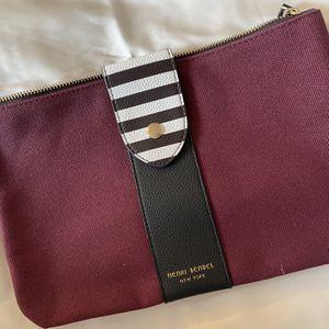 Henry Bendel Makeup Travel Bag for Sale in Princeton, NJ