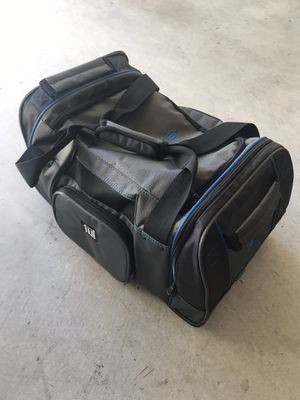 "Ful 21"" Hybrid Soft Rolling Duffel Bag for sale for Sale in Tustin, CA"
