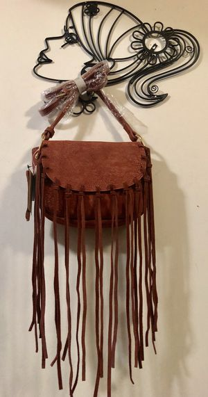 FREE PEOPLE REDISH BROWN SUEDE FRINGE PURSE CROSSBODY HOBO HIPPIE BAG for Sale in Sunnyvale, CA