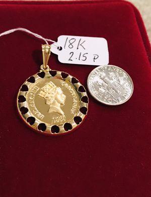 18K Solid Gold Elizabeth II Pendant for Sale in Mauldin, SC