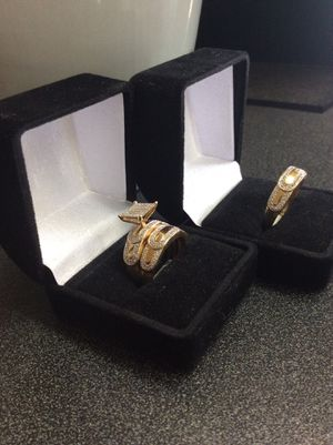 10kt wedding set w men's ring for Sale in Clayton, NC