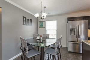 Rooms To GO Upgraded dinning - breakfast crystal table (just the table) for Sale in Nashville, TN