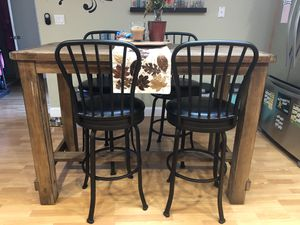 Bar height, kitchen table with chairs for Sale in San Jose, CA