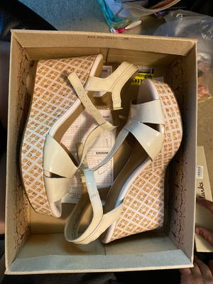 Dress shoes (used once) for Sale in Enumclaw, WA