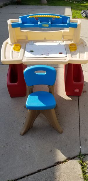 Step 2 desk for kids for Sale in Whittier, CA