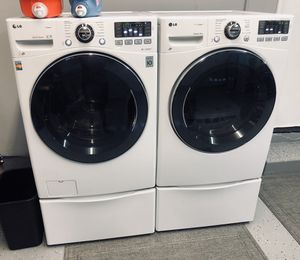 2018 lg steam washer and dryer set for Sale in Corona, CA