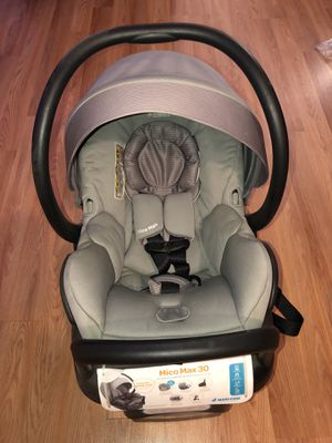 Maxi Cosi mico max 30 infant car seat for Sale in Hyattsville, MD