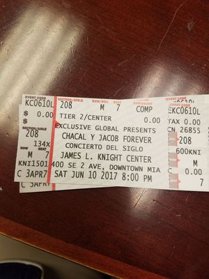 Chacal y jacob forever for Sale in Hialeah, FL