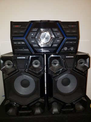 Samsung surround sound system for Sale in Montrose, CO