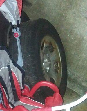 04' Jeep Liberty stock wheels for Sale in Woonsocket, RI