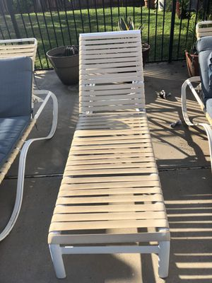 Pool loungers and fire pit for Sale in Riverside, CA