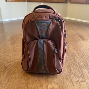 Authentic Tumi T-Tech Wheeled Backpack for Sale in Las Vegas, NV