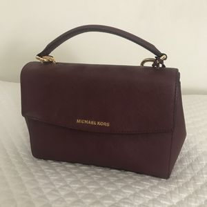 Michael Kors purse for Sale in Irvine, CA