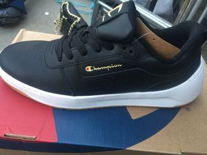 Champion Super C Court Classic Leather Size 9.5 for Sale in Jurupa Valley, CA