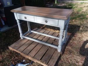 Sofa / accent table. for Sale in Broadway, NC