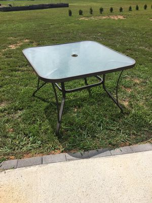 Outdoor Table for Sale in Shelbyville, TN