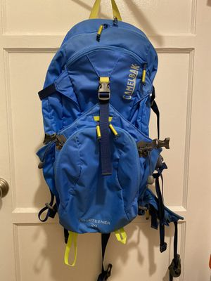 Camelbak Fourteener 24 hiking backpack for Sale in San Gabriel, CA