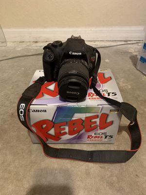 Cannon Rebel T5 DSLR Camera for Sale in Weeki Wachee, FL