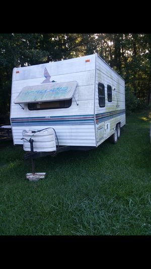 1993 pull-behind camper very nice everything work AC heat need a little inside work d1 text {contact info removed} for Sale in Starkville, MS