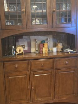 China Cabinet Hutch for Sale in Los Angeles,  CA