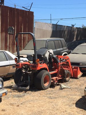 Kubota tractor 2230 4x4 for Sale in Vallejo, CA