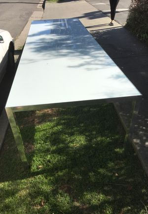Table (Glass and metal) for Sale in Long Beach, CA