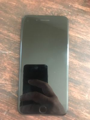 Iphone 7 plus 128gb for Sale in South Gate, CA