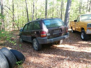 1996 Jeep Grand Cherokee parting out four-wheel drive for Sale in Fuquay Varina, NC
