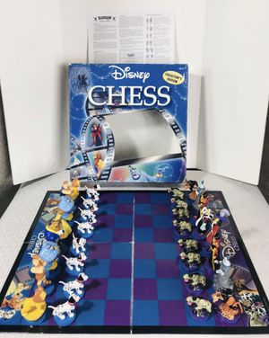 2004 Disney's Collectors Edition Chess Set for Sale in Pawtucket, RI
