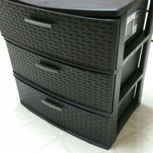 3 Drawer Plastic Shelf for Sale in Dickinson, TX