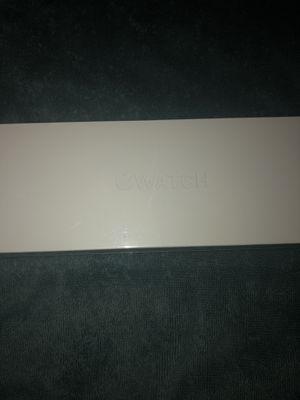SERIES 4 APPLE WATCH 44MM GPS SEALED BOX/BRAND NEW for Sale in Miramar, FL