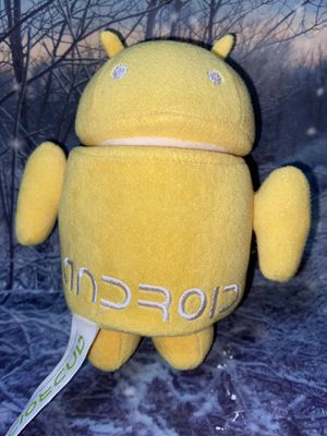 "Android YellowBug Droid Spinning Head 6"" plush for Sale in Lakewood, CA"
