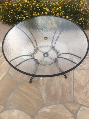 Patio table with 6 chairs for Sale in Scottsdale, AZ
