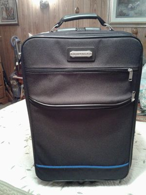 Black suit case, used 2 times, great condition. for Sale in Kingsport, TN