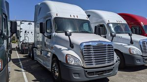 Semi driver class a buscan chofer for Sale in Ontario, CA