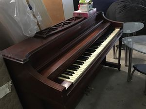 Upright piano for Sale in Norfolk, VA